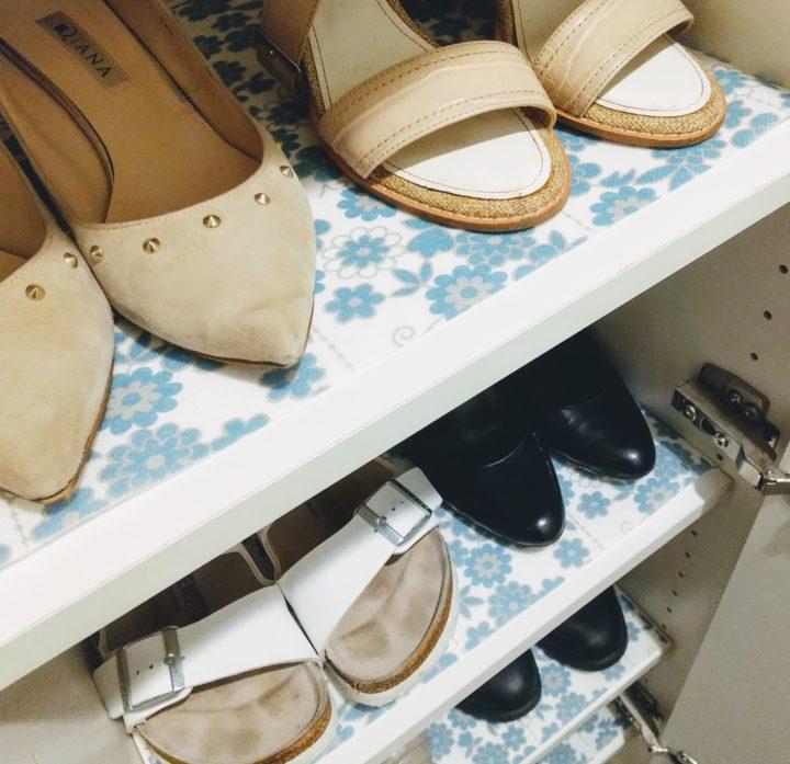 靴箱に物語を。雑貨やお気に入りの花柄シートであの頃のようにの画像