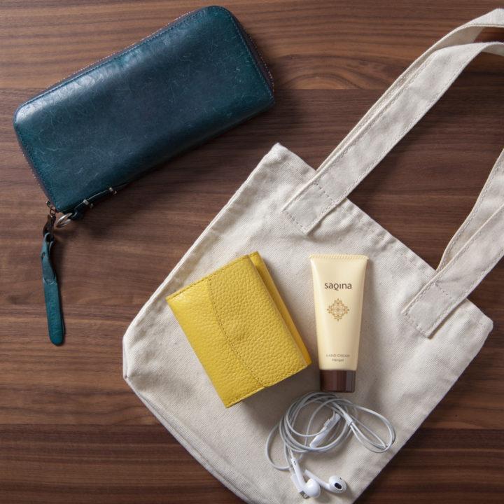 おしゃれもお出かけも、小さい財布が私にとっての良いサイズの画像