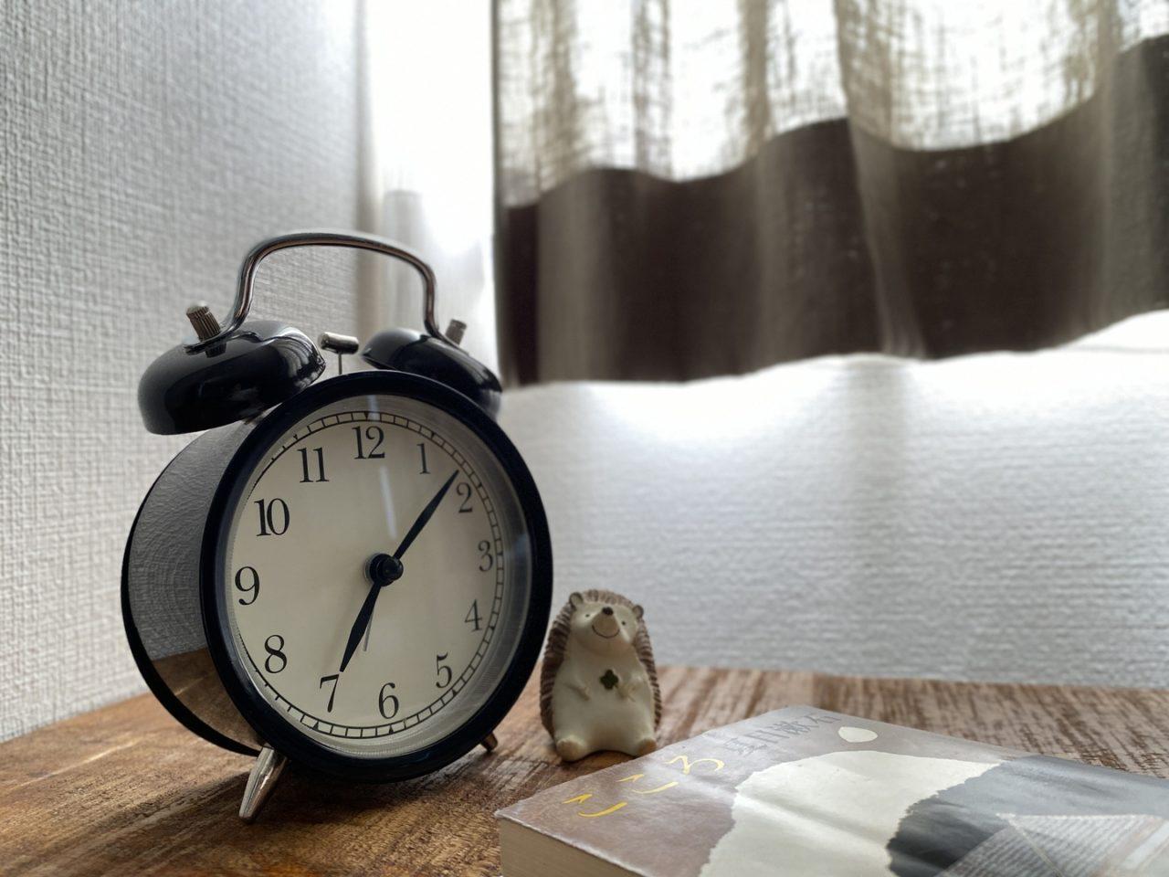 朝_目覚まし時計