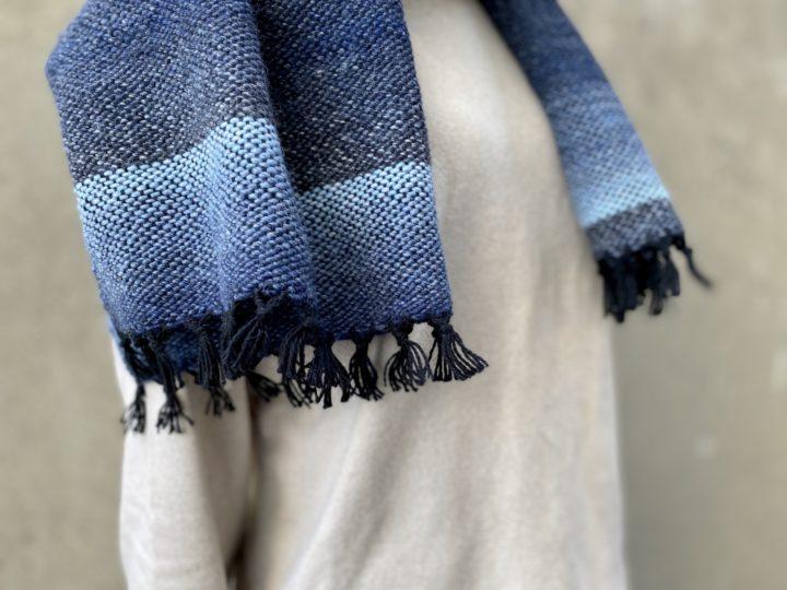 手織りのストール