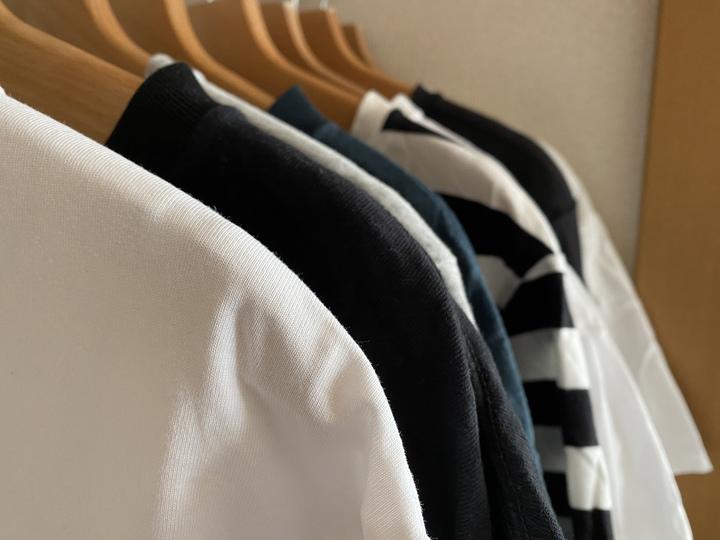 暮らしを豊かにするTシャツの収納方法とたたみ方。の画像