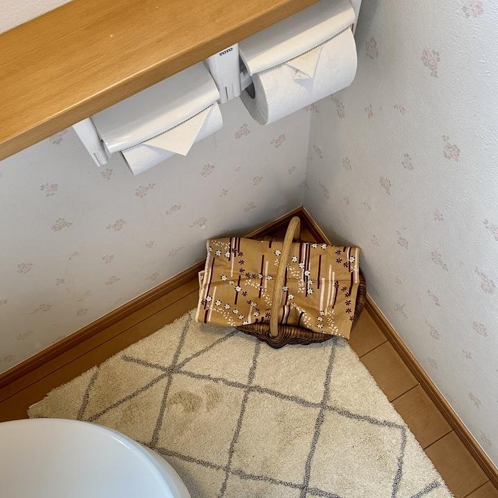 かごは床に置いてもかわいい