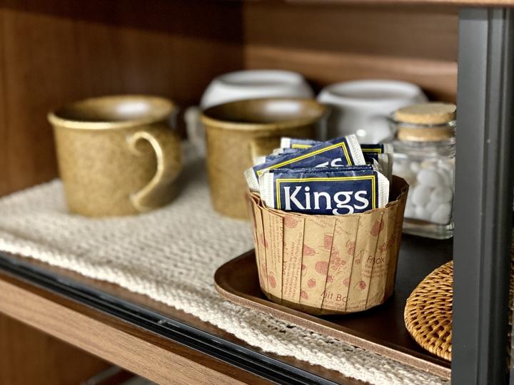 ティーバッグ 収納_戸棚のお茶コーナーとティーバッグ