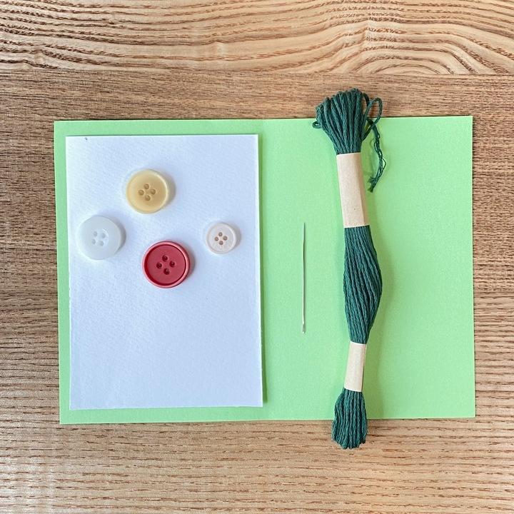 ボタンの手作りメッセージカードの材料