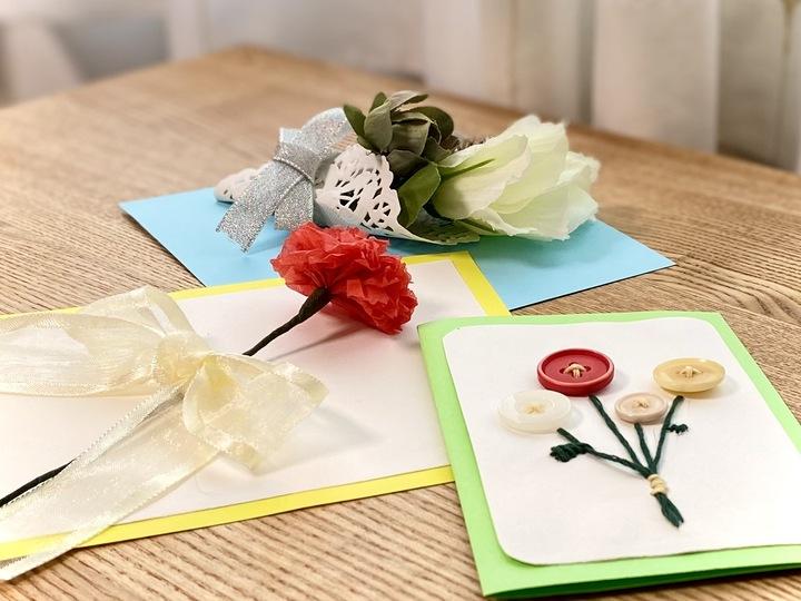母の日に贈ろう!お花モチーフのメッセージカードの作り方の画像