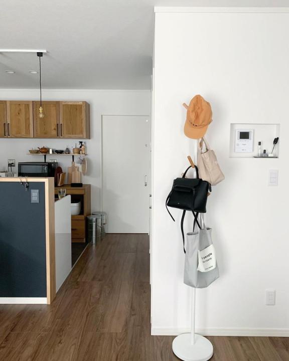 バッグの見せる収納|使いやすく・インテリアとしても活躍させての画像