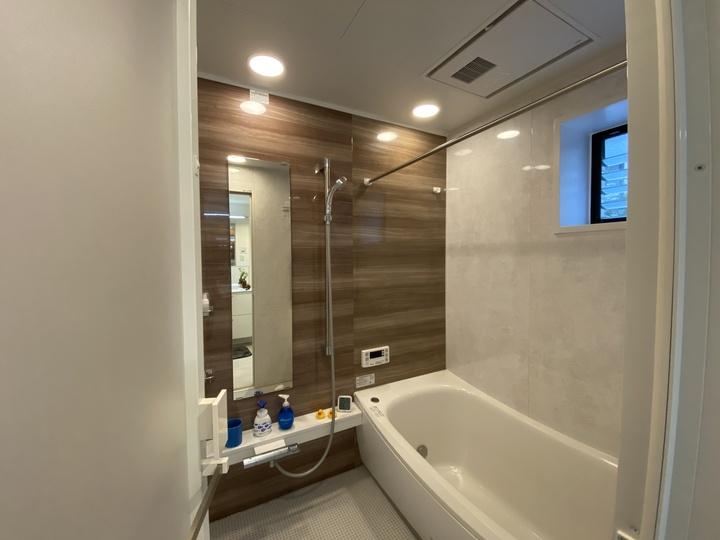 お風呂、浴室のカビ・湿気対策で清潔に