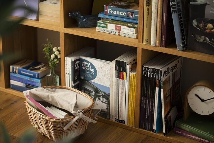 本の見せる収納 お店のようなインテリアを目指しての画像