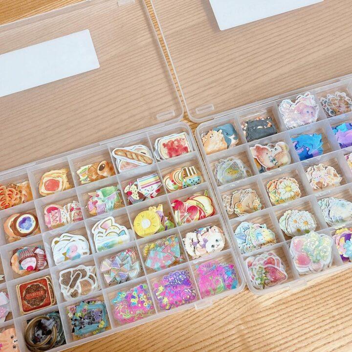 100均手芸雑貨を使って使いやすくてかわいいシール収納の画像