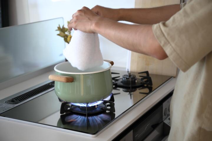 タオルの嫌な臭いは菌が原因、徹底除菌で臭いを取れます!の画像