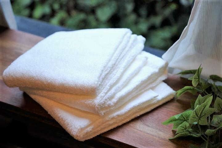 タオルの黄ばみは漂白剤・煮洗い・洗濯で隅々まで真っ白に。の画像
