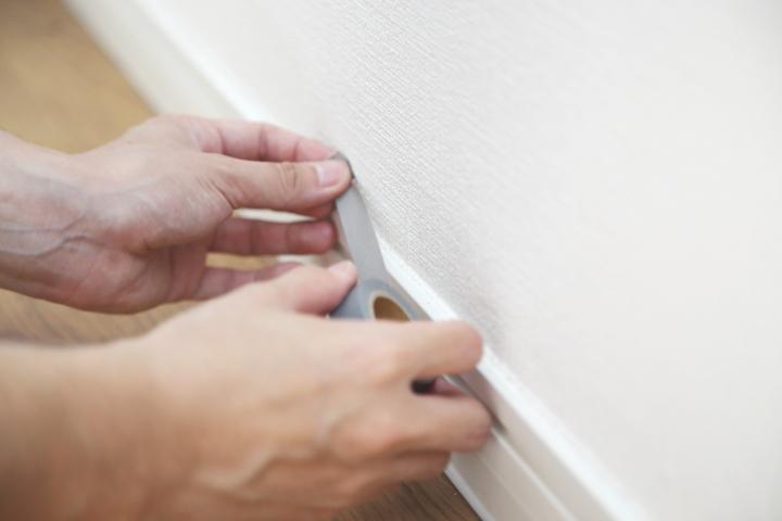 引っ越し|マスキングテープでする新居の汚れ防止対策の画像