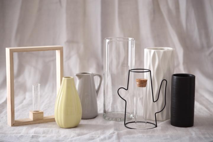 飾るを楽しむ100均の花瓶~ダイソー・セリア・キャンドゥ15選の画像